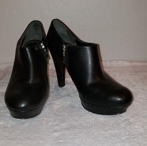 """Marc Fisher black booties 4"""" heel"""